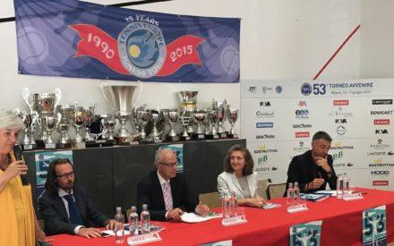 "TENNIS: L' ""AVVENIRE"" A QUOTA 53, IN CERCA DI NUOVI CAMPIONI"